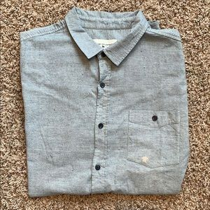 Short sleeve chambray button up